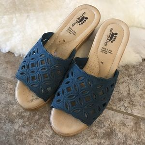 Spring Step Peep Toe Wedge Sandals Blue Size 7.5